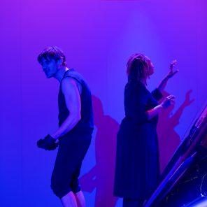 La bouche pleine de terre, de Branimir Scepanovic, mise en scène de Julia Vidit, Studio-Théâtre de Vitry
