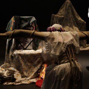 Una costilla sobre la mesa : Madre, d'Angélica Liddell, Théâtre la Colline