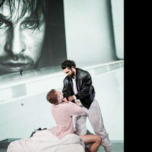 Histoire de la violence, texte d'Edouard Louis, mise en scène de Thomas Ostermeier, au Théâtre de la Ville / Les Abbesses