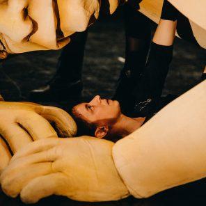 Ogre, par la Compagnie de la Tortue Noire, d'après le texte de Larry Trembay, au Théâtre Mouffetard