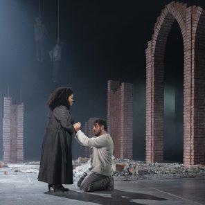 Tosca, de Giacomo Puccini, mise en scène de David Bobée, Théâtre des Arts – Opéra de Rouen Normandie