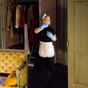 Un souvenir - Un spectacle : Les Bonnes de Jean Genet / mise en scène Clément Poirée, Théâtre La Tempête