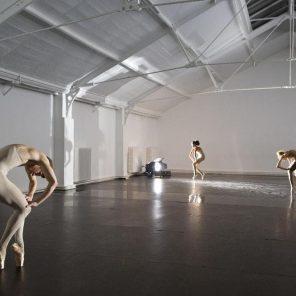 Prochaine édition des Inaccoutumés à la Ménagerie de verre : répétitions d'Ivana Muller, Gassiel Gaube et Marco Berretini