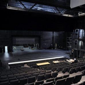MC93, répétitions des travaux d'Ahmed Madani, de Yann-Joël Collin et de Jean-François Sivadier