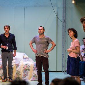 Les pièces manquantes (puzzle théâtral), création collective mise en scène par Adrien Béal au Théâtre de la Tempête