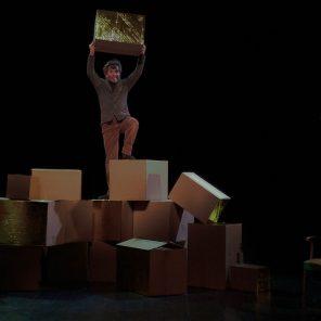 L'Amérique n'existe pas, de Peter Bichsel, mis en scène par Dominique Lurcel, à l'Essaïon