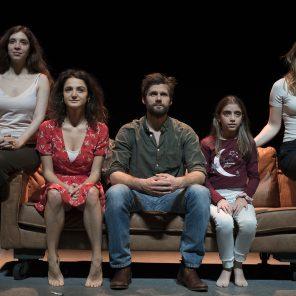 Une histoire d'amour, d'Alexis Michalik, mis en scène par Alexis Michalik, à La Scala Paris