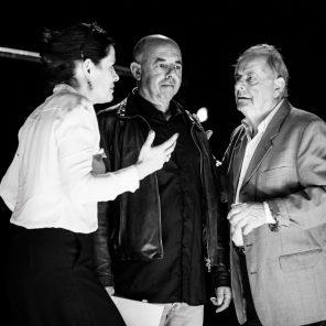 Faut-il laisser les vieux pères manger seuls aux comptoirs des bars, écriture et mise en scène de Carole Thibaut, Théâtre des Îlets, Montluçon