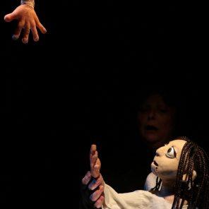 Scalpel, d'Alexandra-Shiva Melis, mis en scène par Martial Anton et Daniel Calvo Funes, de la Compagnie Tro-Héol, au Théâtre Lillico de Rennes