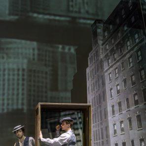Buster Keaton, un spectacle de Marcial Di Fonzo Bo et Élise Vigier, au Théâtre Montfort