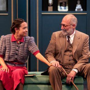 Le Visiteur, de Eric-Emmanuel Schmitt, Johanna Boyé, Théâtre Actuel, Festival d'Avignon (Off)