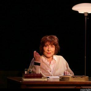 Une vie allemande de Christopher Hampton, mise en scène de Thierry Harcourt, Théâtre de Poche, Paris
