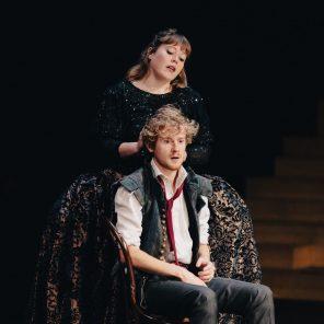 Henry VI, texte de Shakespeare, mis en scène par Christophe Rauck, au Théâtre Nanterre-Amandiers